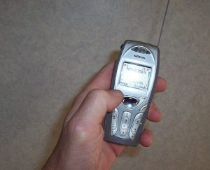 512px-Cell_phone